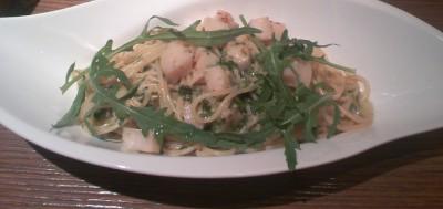 サルバトーレ クオモ 青のりとホタテガイのスパゲティー