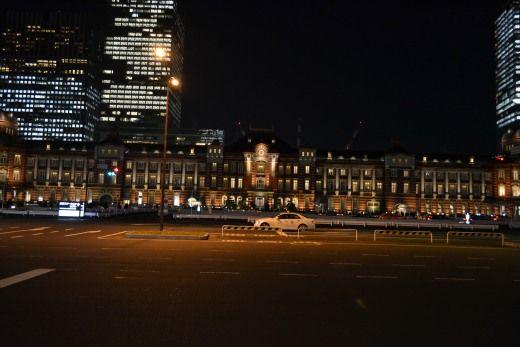 東京駅 新駅舎のライトアップを撮影