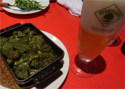大阪駅前の一面ガラス張りのレストランガーブ モナーク (GARB MONAQUE)