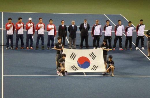 デビスカップ アジア/オセアニアゾーングループ� 1回戦 日本 対 韓国戦 初日に2勝