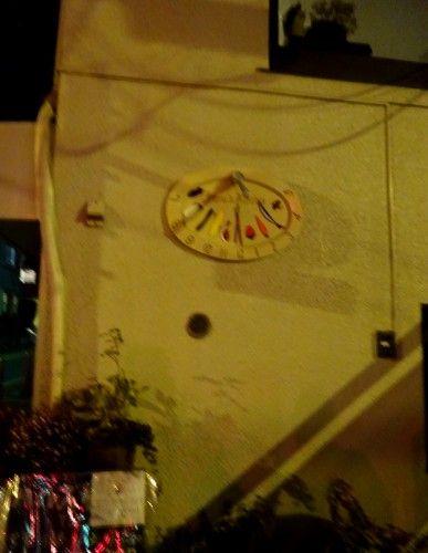 上井草のハルズキッチンの日時計