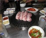 ブンダンのレストランの豚の焼肉