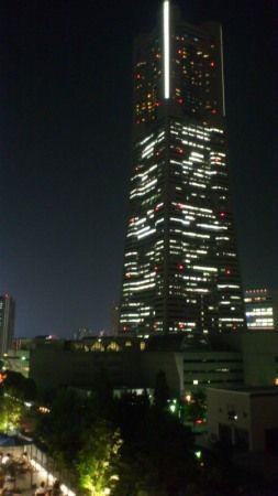 「MARKISみなとみらい」の屋上からの夜景