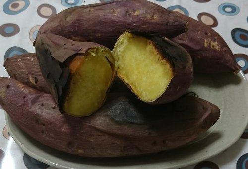 溶岩プレートで焼き芋にトライ