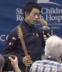アメリカ国際インドアテニス選手権決勝で錦織圭がカルロビッチに勝利 優勝トロフィーはギターの形をしたラケット