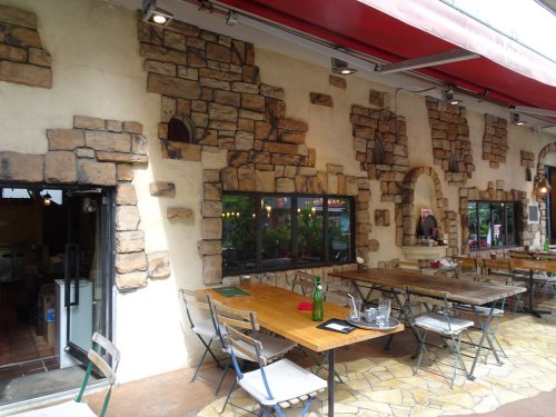 カフェ・ラ・ボエム世田谷店