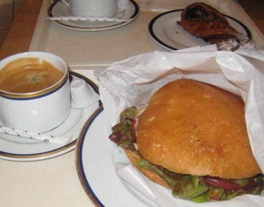 代官山のコルドン・ブルーのラ・ブティック カフェ