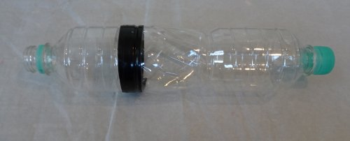 エアコンから水漏れ ペットボトルで自作した掃除機用のアダプターで吸出し