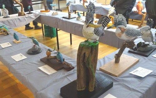 野鳥に親しむ・バードカービング作品展2015 新宿御苑入り口のアートギャラリーで