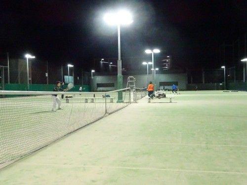 上井草スポーツセンターでのテニス