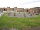 ポンペイ 神殿