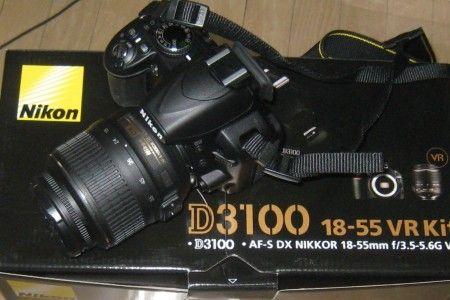 ニコンの一眼レフ D3100