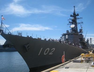 米軍横須賀基地のフレンドシップデー自衛隊の艦船