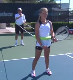 プロテニスプレーヤー養成ギプス?IMG アカデミーのテニスレッスン動画