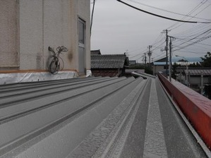 新潟県三条市屋根外壁リフォーム専門店遠藤組 ステンレス折板