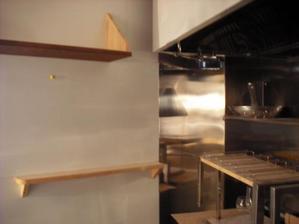 新潟長岡三条屋根外壁専門店遠藤組 厨房GL貼り