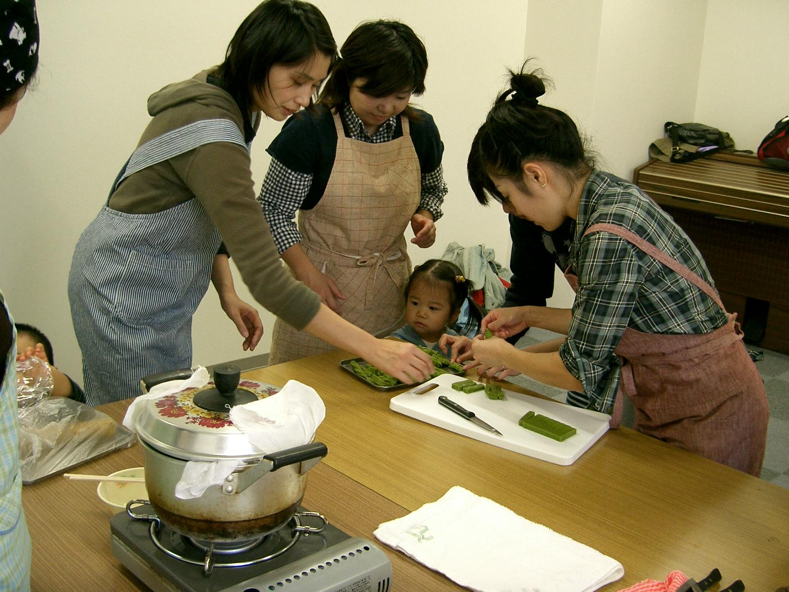郷土のお菓子作り(10月)