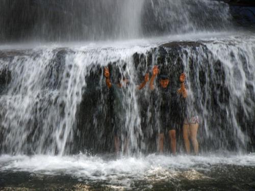 西表島ナーラの滝201108-9