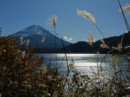 本栖湖からの富士山-8