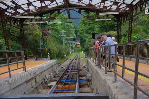 御岳山201208-ゲーブルカー