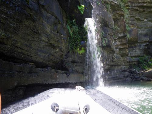 西表島ナーラの滝201108-18