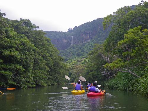 西表島ピナイサーラの滝2010-10