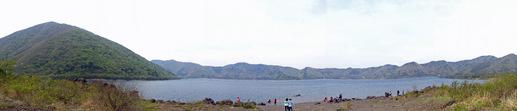 本栖湖湖畔0905-8