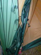 テントとタープ連結部2