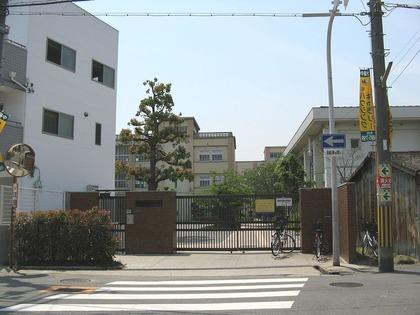 1024px-Osaka_city_Matta-kita_jhs