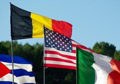 flags-993629_640