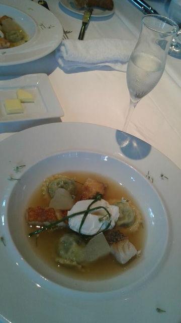 (6)土佐魚介と韮のラビオリ