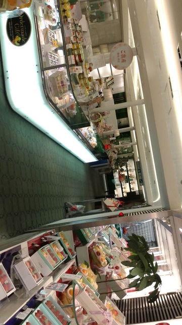 (2)タカノ店内