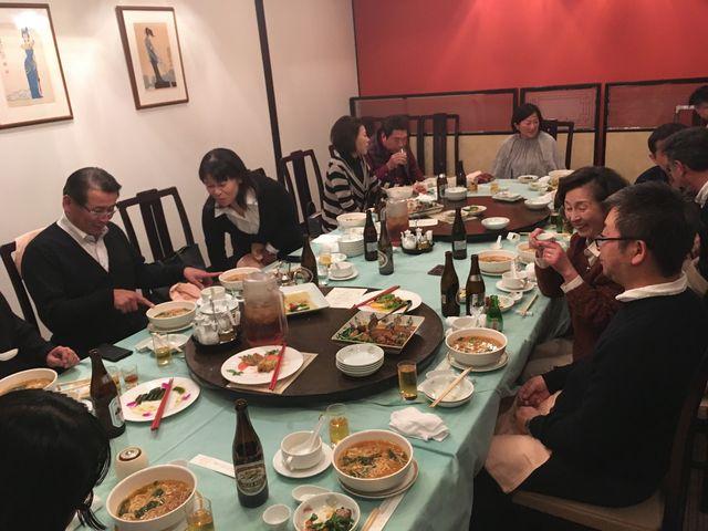 写真7 宴席風景