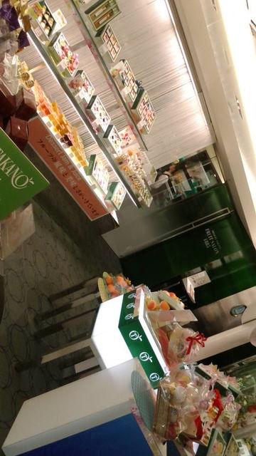 (3)タカノ店内2
