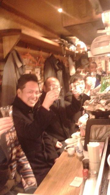 (8)「たっちゃん」みんなで乾杯