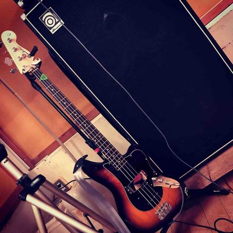 ゴードン[Custom Jaguar Bass]