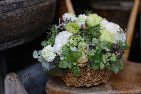 迎春のアレンジメント、花束