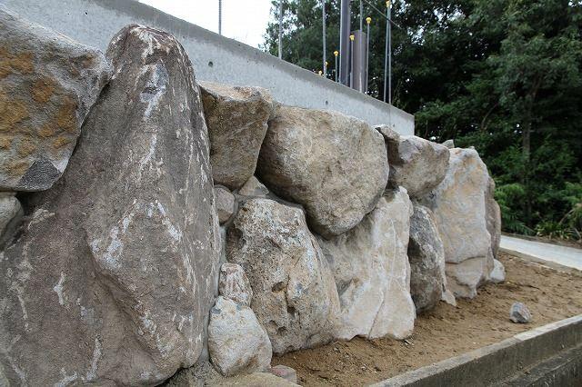 崩れ石積3
