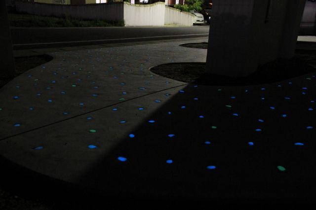 発光ダイオード1