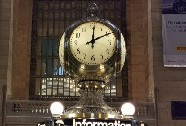 セントラルステーション 時計