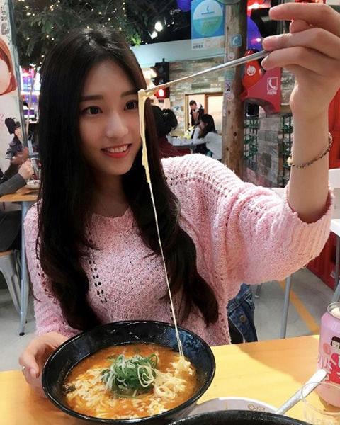 Jhiawen Cheng 鄭小奈5