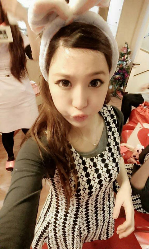 Queena Lee13