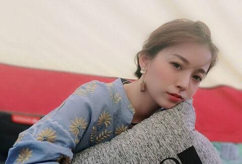 Wei Mo1