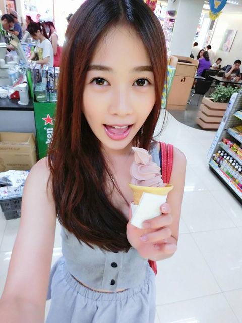 Cherry牟靜婷13