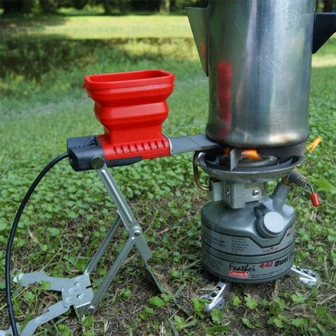 火と水で発電できるUSB充電器
