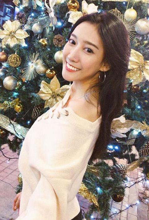 Chloe Cheng8