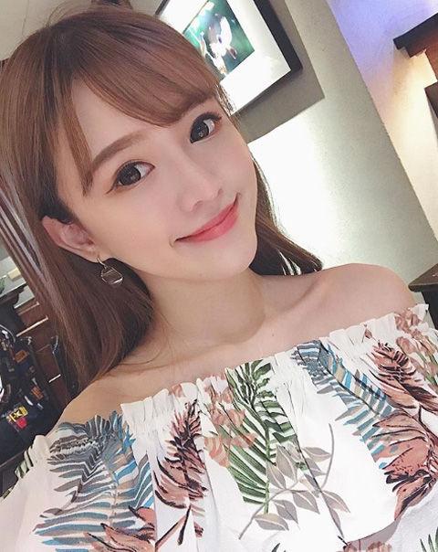 劉彤彤 TongLiu12