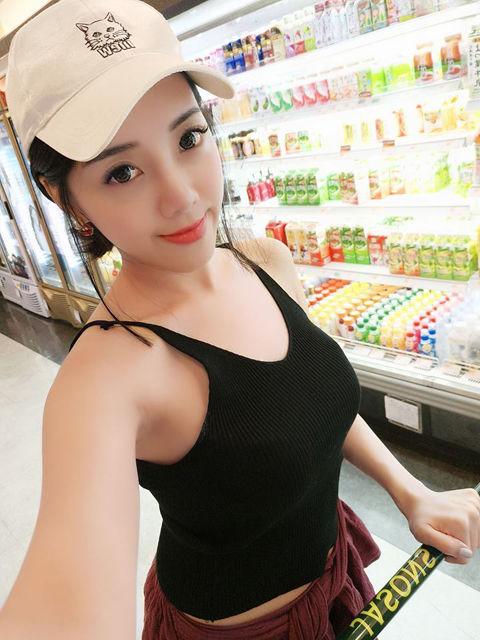 Kuan Chi Huang8