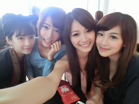 Vivi Zhu9