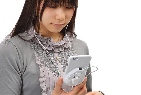 iPhone 6 : 6 Plusケース with イヤフォン&ケーブル収納